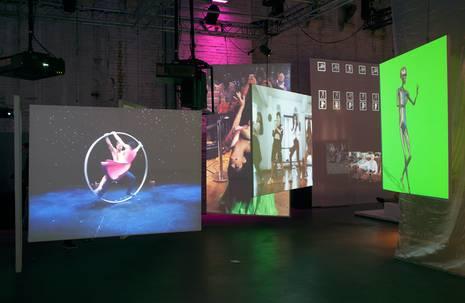 Installationsansicht von Anouk Kruithof, Universal Tongue, 2018 im Cinekid Medialab