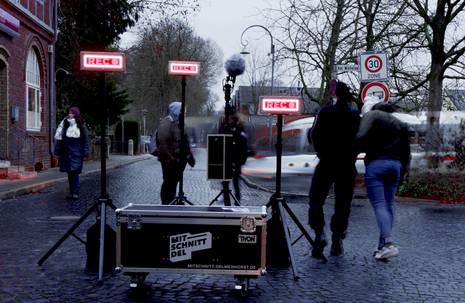 Tonaufnahmegeräte im Straßenzug