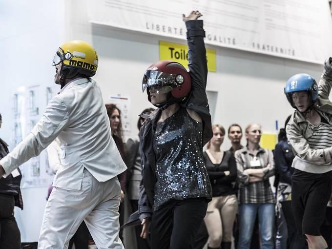 "Festival ""We don't Contemporary"": Aïcha MBarek & Hafiz Dhaou: Vu Foto: Blandine Soulage"