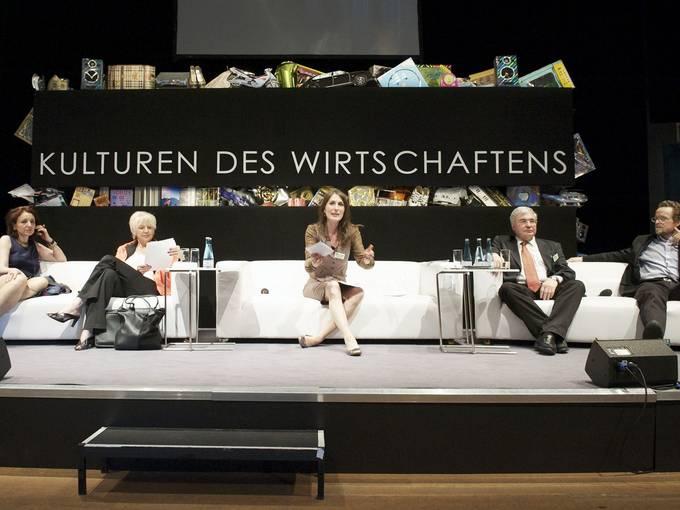 """Die zweite Tagung der Konferenz """"Kulturen des Wirtschaftens"""" unter dem Titel """"Blickwechsel: Wirtschaft wider Willen?"""" am 04. Juni 2010 im Radialystem V in Berlin"""