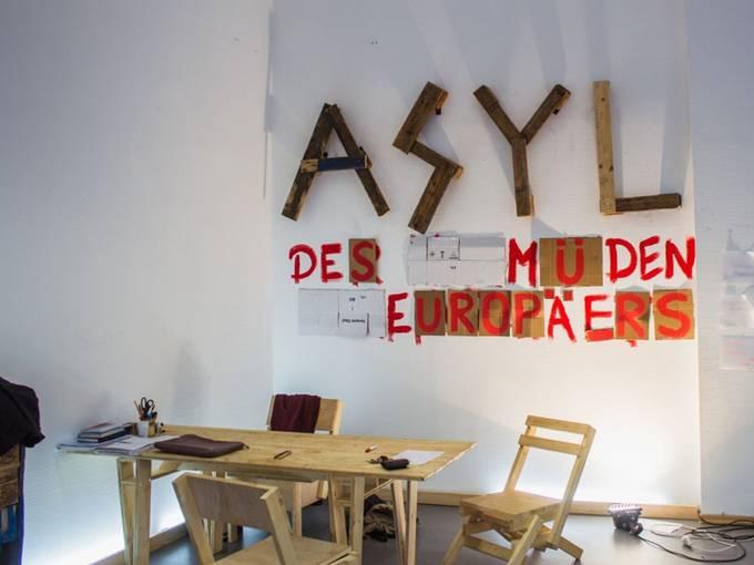 """Wiesbaden Biennale 2016, """"Asyl des müden Europäers"""", Fotografin: Kristina Homenko"""
