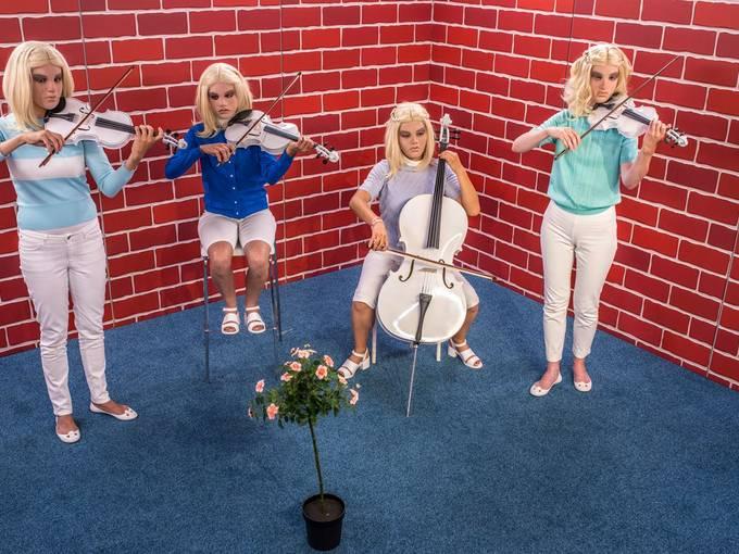 Susanne Kennedy, Suzan Boogaerdt, Bianca van der Schoot: Orfeo © ju-ruhrtriennale-2015